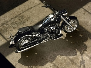 Yamaha XV1900A Midnight Star, chrome