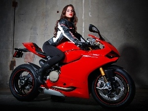 Beauty, Ducati, Paginale, brunette